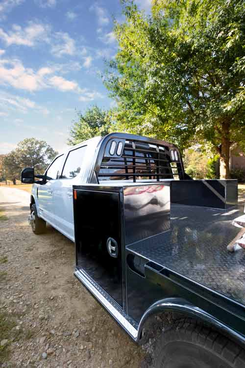 CM Truck Beds SK Deluxe with toolbox